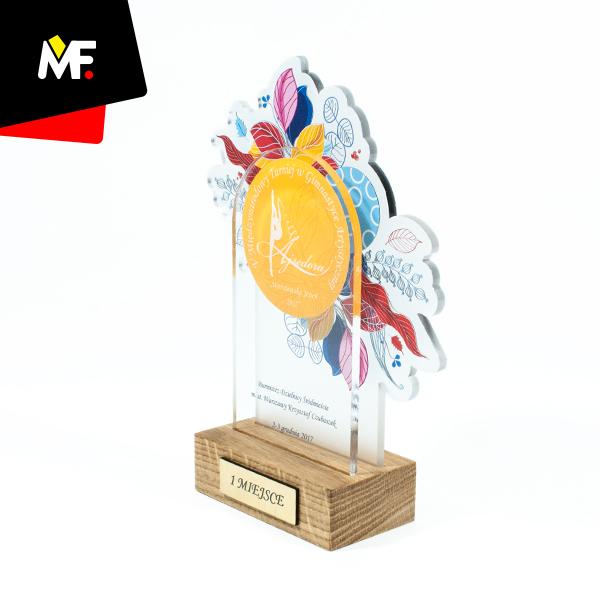 Sporttrophäe für den 1. Platz beim Turnier des Kunstturnens