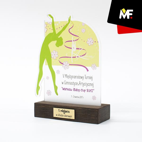 Kunstturnen-Trophäe für den 1. Platz bei Warsaw Baby Cup 2017